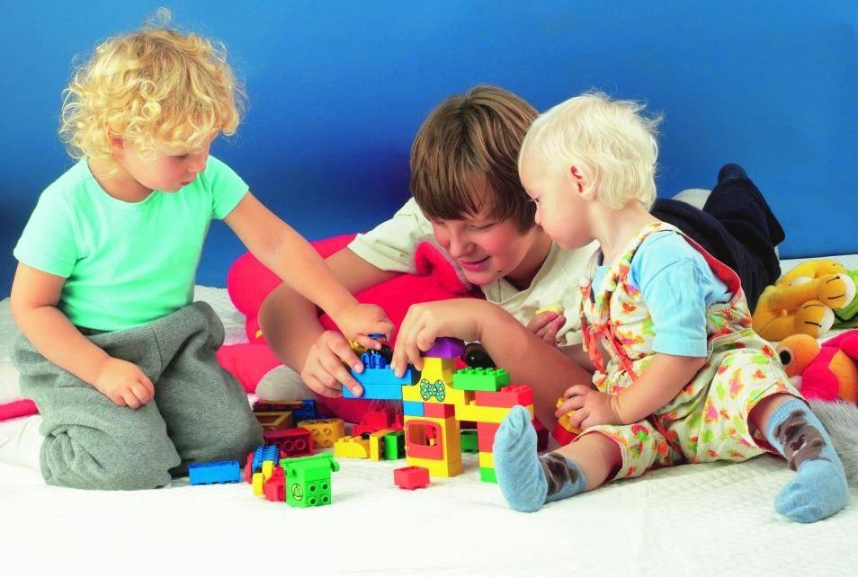Как научить ребёнка играть самостоятельно (в том числе в 1-2 года)