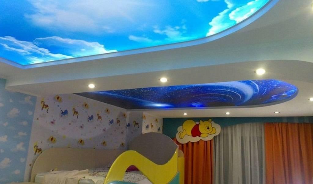 Двухуровневый потолок в детской (44 фото): натяжные и гипсокартонные потолки в комнате