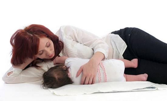 Позы для кормления ребенка грудью | активная мама