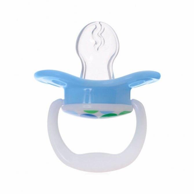 Ортодонтическая пустышка: фото и лучшие ортопедические соски от 0 до 6 месяцев | покупки | vpolozhenii.com