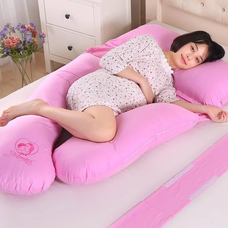 Как выбрать подушку для беременных по форме и наполнителю