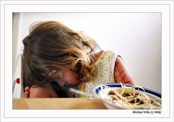 Почему нельзя насильно кормить детей