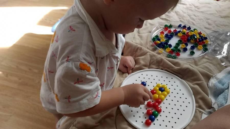 Чем занять ребенка в 1,5 года: игры и развитие