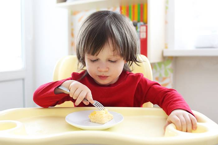 Как приготовить омлет ребенку: пошаговый рецепт