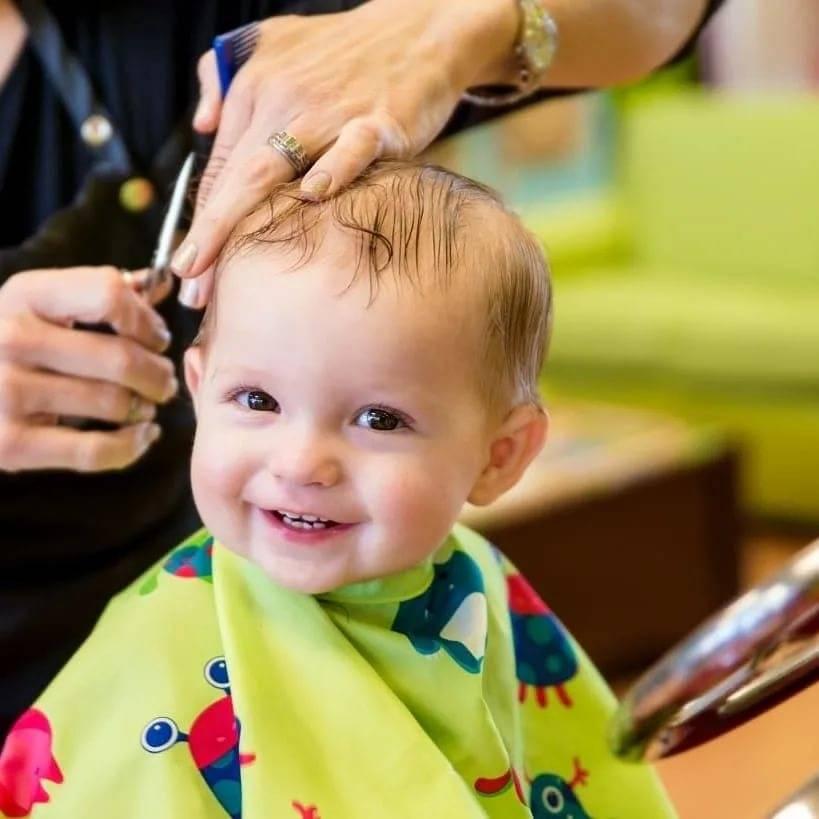 Как постричь ребенка до одного года