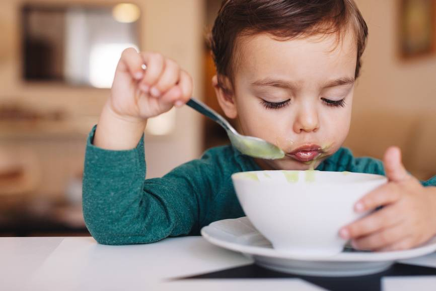 Почему ребенок не хочет есть суп?
