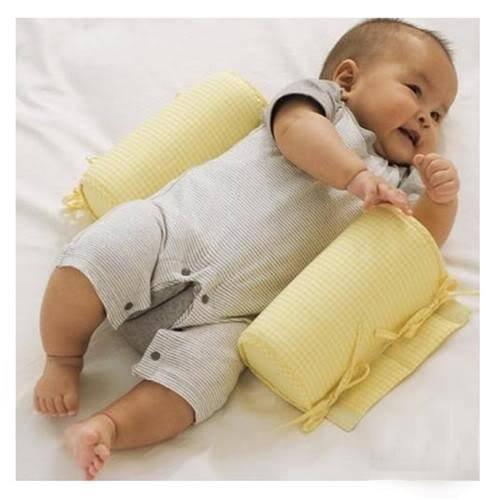 Позиционер для сна новорожденного – лучше купить или сделать своими руками? 2021