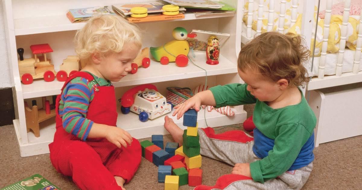Игры с ребенком 7 месяцев: веселимся, развиваемся и учимся в играх и потешках