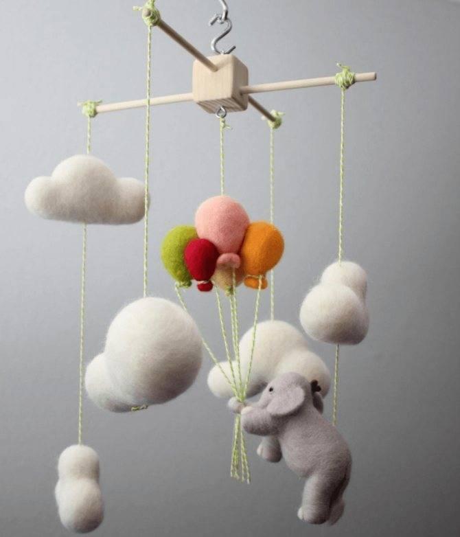 Мобиль для детской кроватки: как сделать своими руками, выкройки и идеи оформления