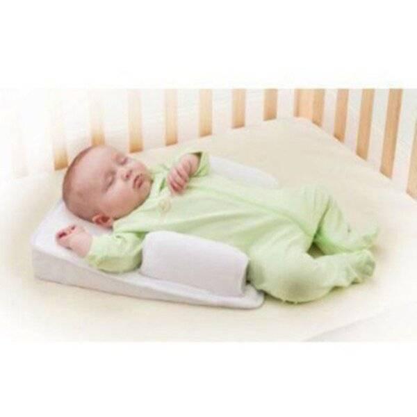 Предназначение ортопедической подушки для новорожденного и как сделать своими руками