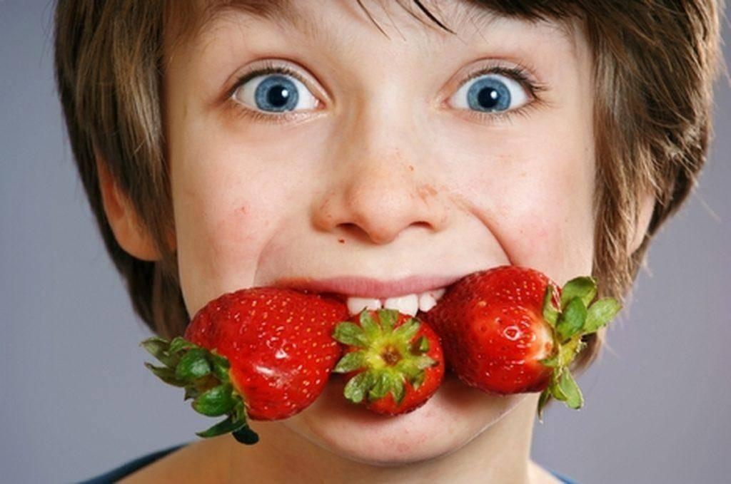 Аллергия на клубнику у ребёнка и взрослого: симптомы, фото, лечение и профилактика аллергической реакции