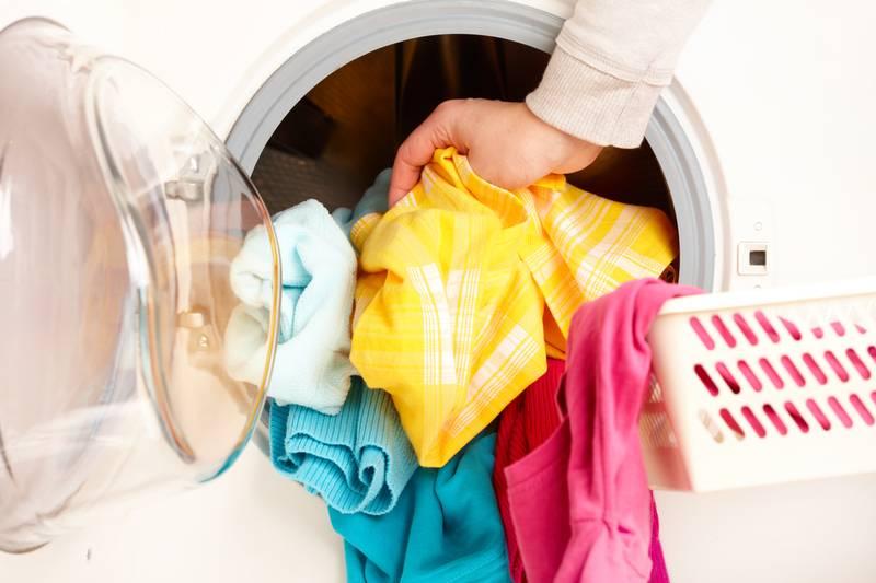Чем стирать детские вещи для новорожденных