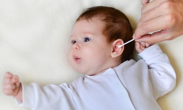 Нужно ли чистить уши грудничку?   детская городская поликлиника № 32