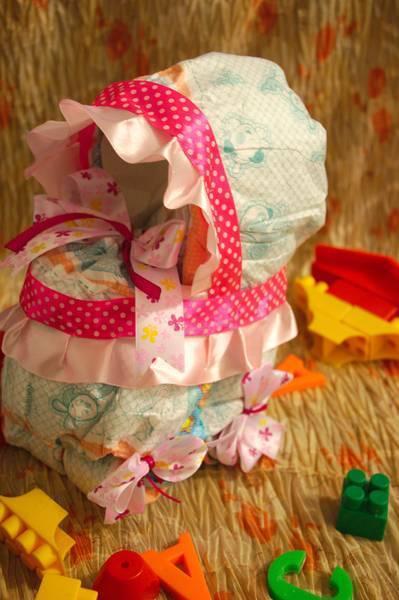 Особенности изготовления подарков из подгузников