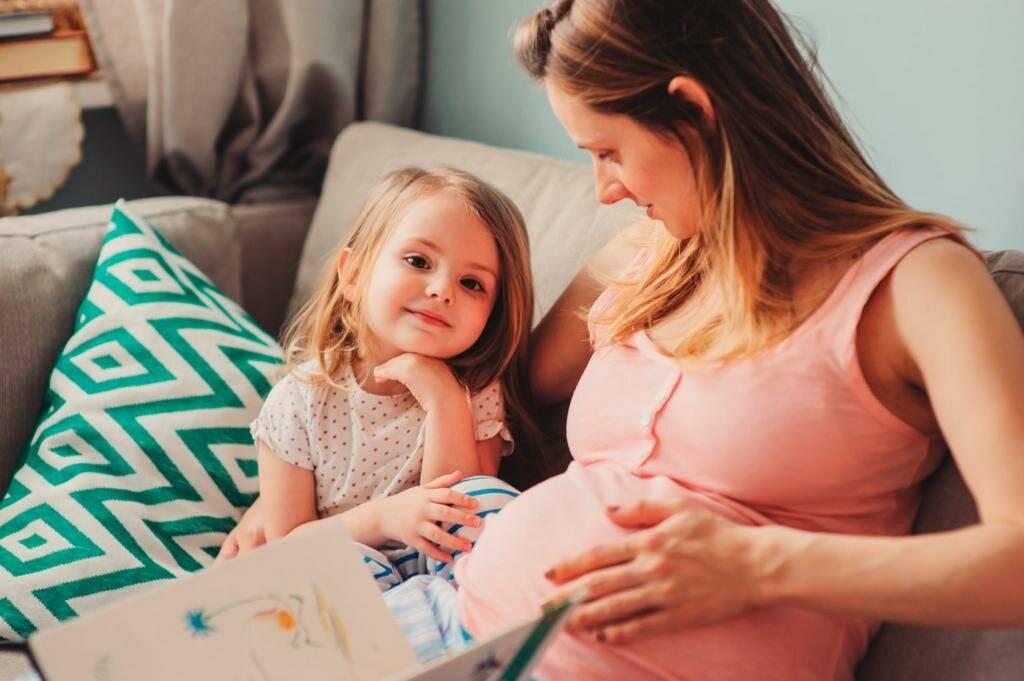 Как подготовить ребенка к рождению второго малыша
