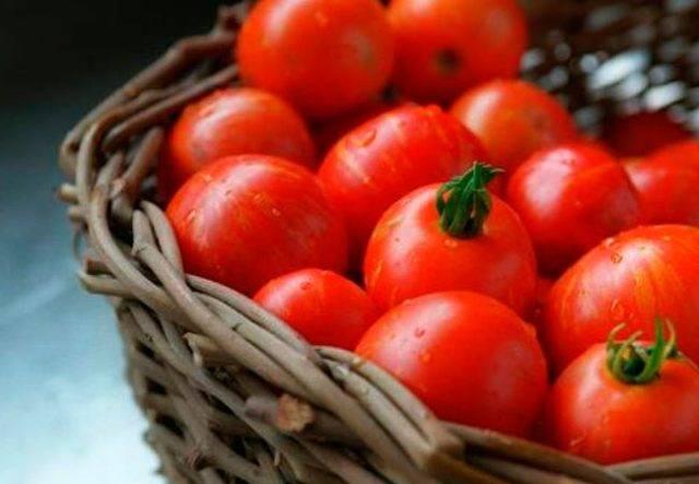 Помидоры при грудном вскармливании: можно ли есть свежие, желтые, тушеные и соленые помидоры кормящей маме
