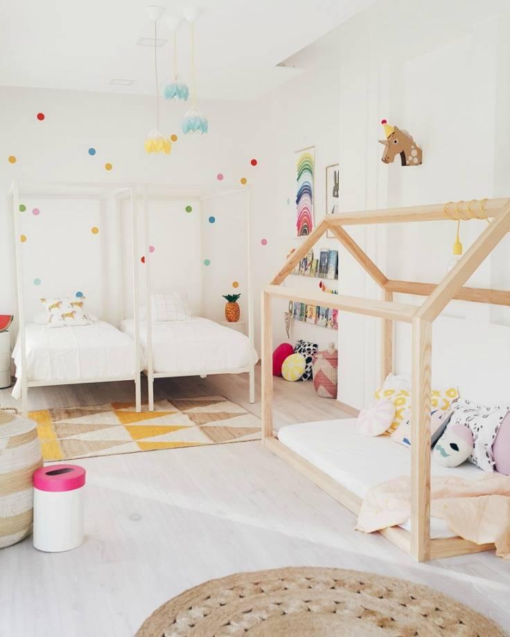 Детская для девочки и мальчика в одной комнате: особенности совмещения, зонирование, выбор стиля интерьера