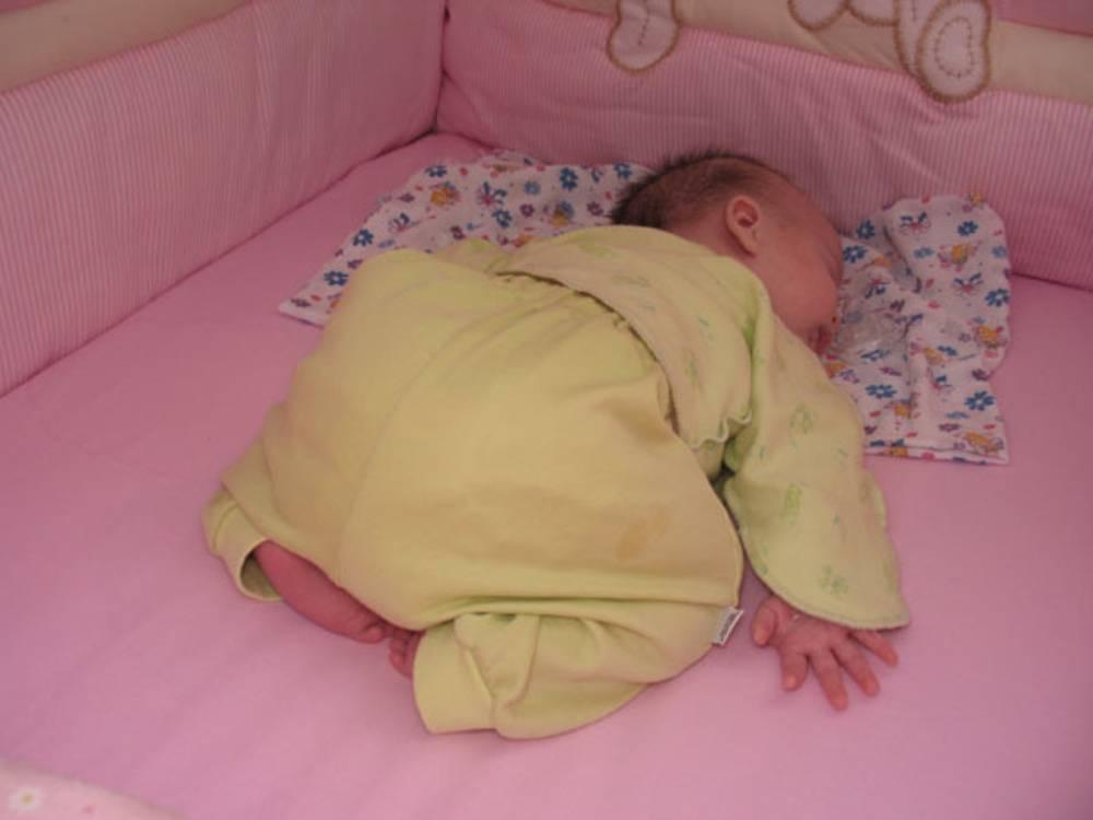Дневной сон по 30-40 минут