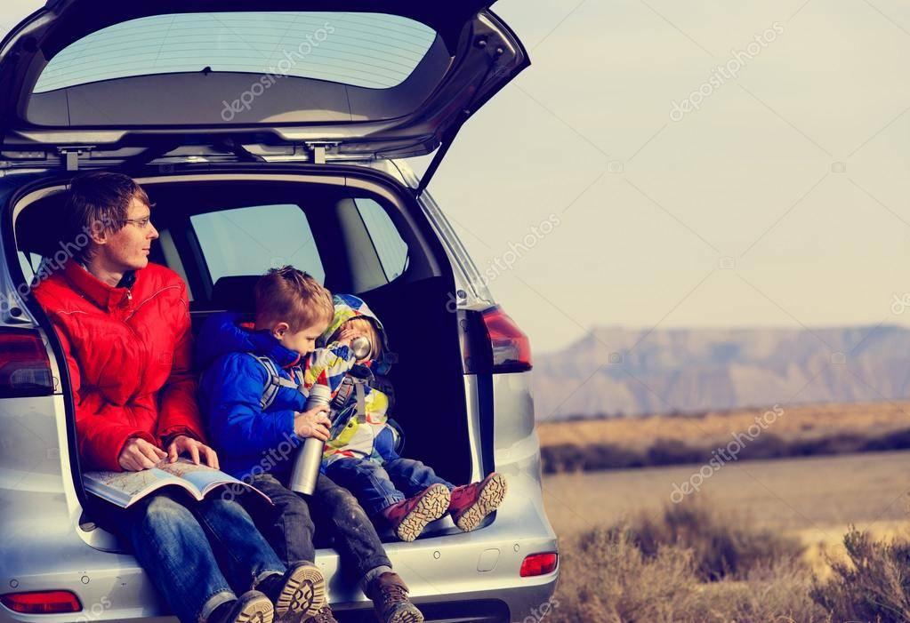 Путешествие на машине с ребенком: советы родителям | sun family club