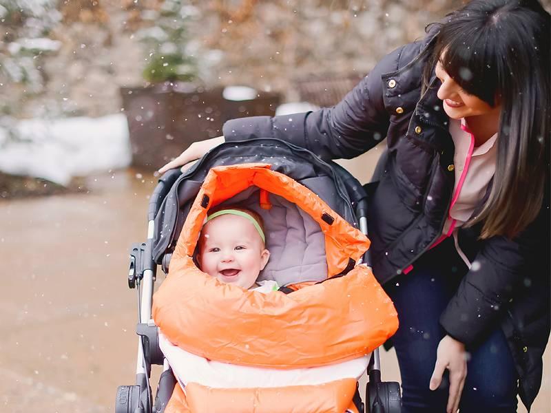 Прогулка с новорожденным — наступило время подумать как часто выходить на улицу