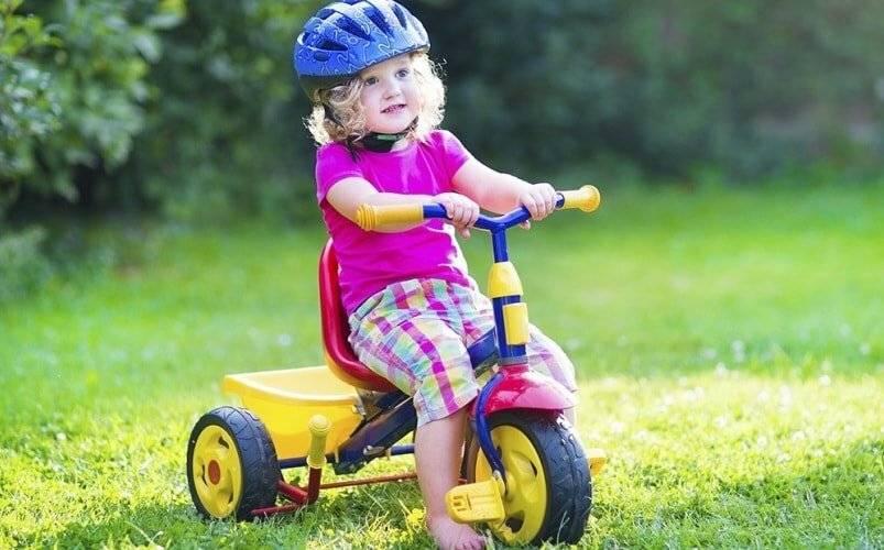 Как научить ребенка ездить на двухколесном велосипеде
