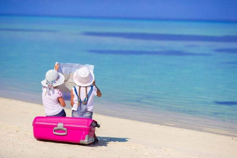 Список вещей на море с ребенком: что взять с собой, необходимые вещи для поездки с малышом 2 лет