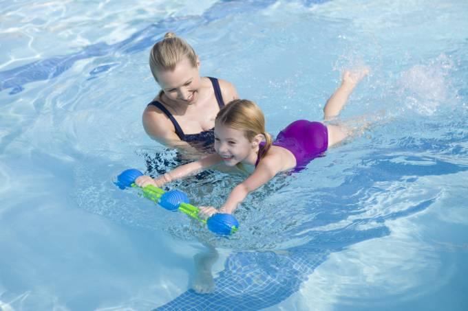 Как научить ребенка плавать самостоятельно: упражнения в бассейне детям 6, 7, 8, 9 ,10, 11, 12 лет