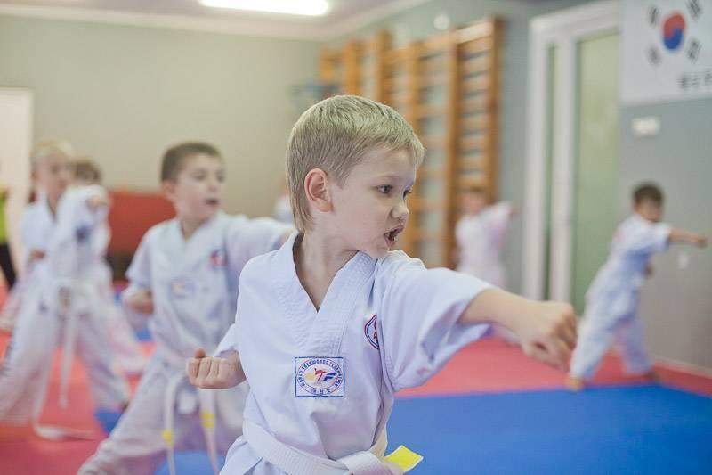Выбираем секцию для детей с 4 лет: куда лучше отдать заниматься мальчика и девочку?