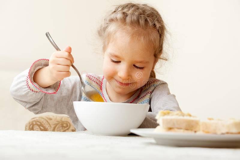 Ребенок не ест овощи. что делать?     материнство - беременность, роды, питание, воспитание