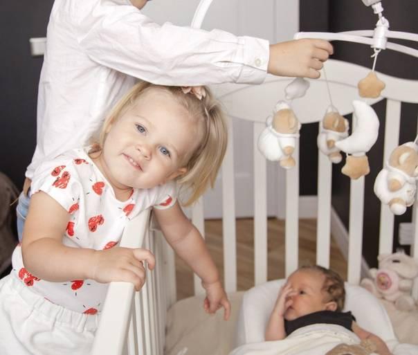 Как подготовить ребенка к появлению братика или сестрички