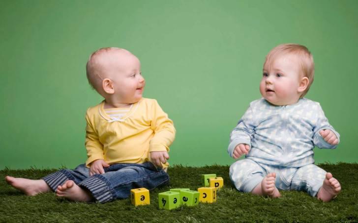 Ребенок в 10 месяцев : развитие, питание, вес и рост, нормы