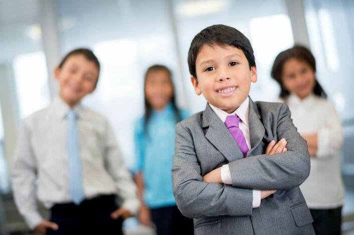 Ребенок-лидер в семье, в классе, в детском саду. как воспитать ребёнка лидером?