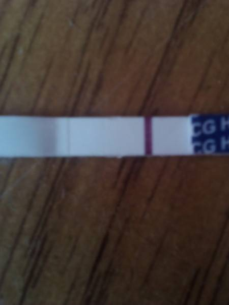 Вторая полоска на тесте бледная: что это значит