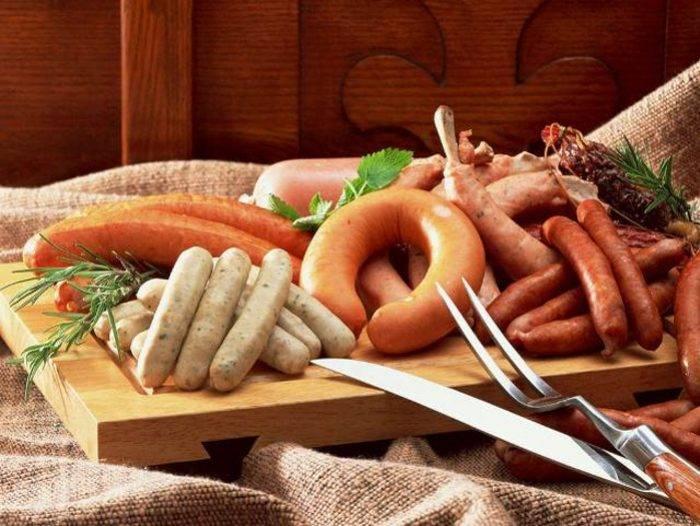 Можно ли сосиски при грудном вскармливании кормящей маме