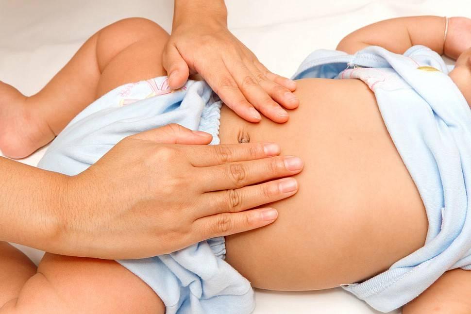 Как правильно делать массаж животика новорожденному ребенку сильных при коликах, плюс видео