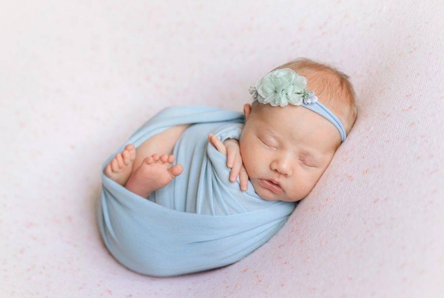 Развитие новорожденного по неделям после рождения: как меняется ребенок за 1 месяц жизни