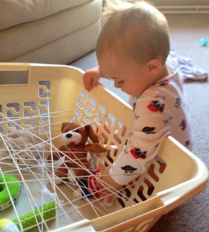Развивающие игры с ребенком в 11 месяцев