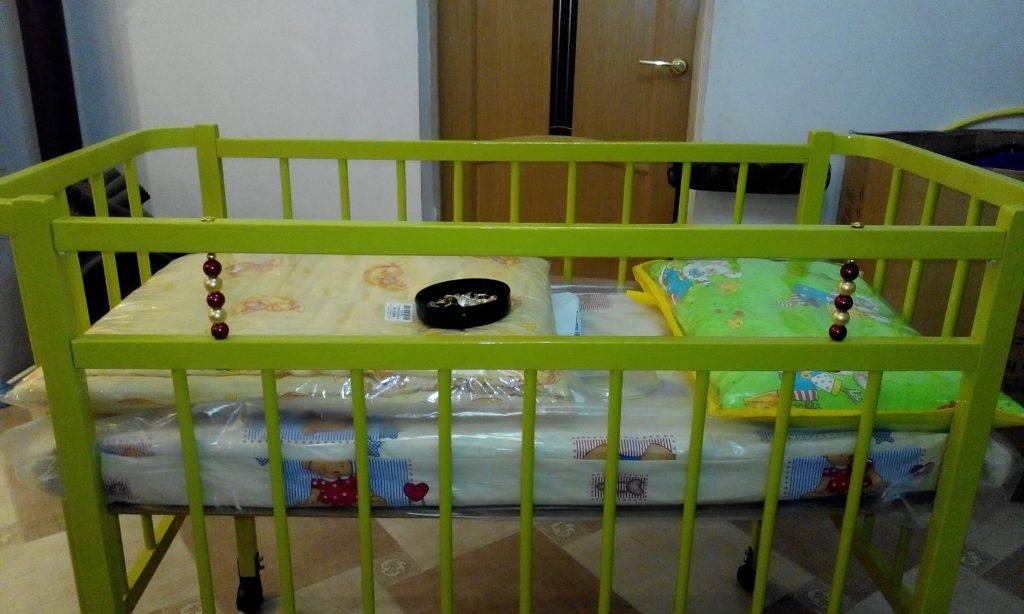 Как покрасить деревянную детскую кровать - мы расскажем обо всем