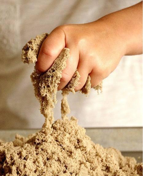 Делаем кинетический песок своими руками: простые рецепты для приготовления в домашних условиях