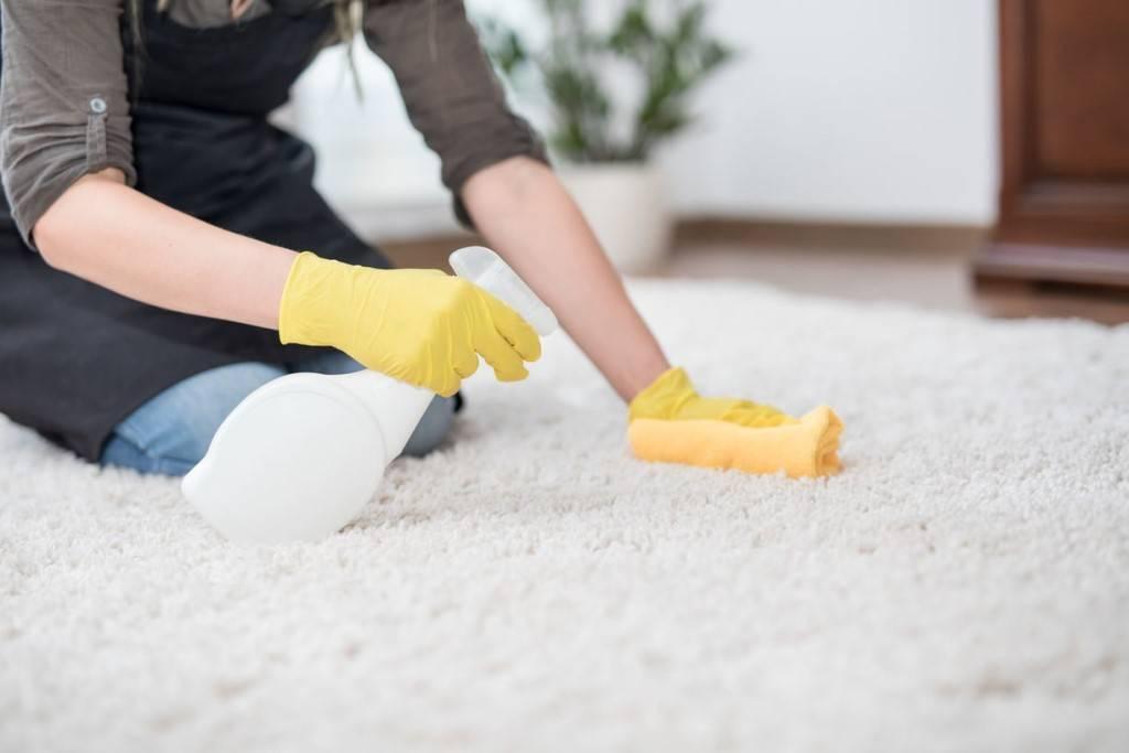 Как вывести запах детской мочи с дивана – мамам на заметку
