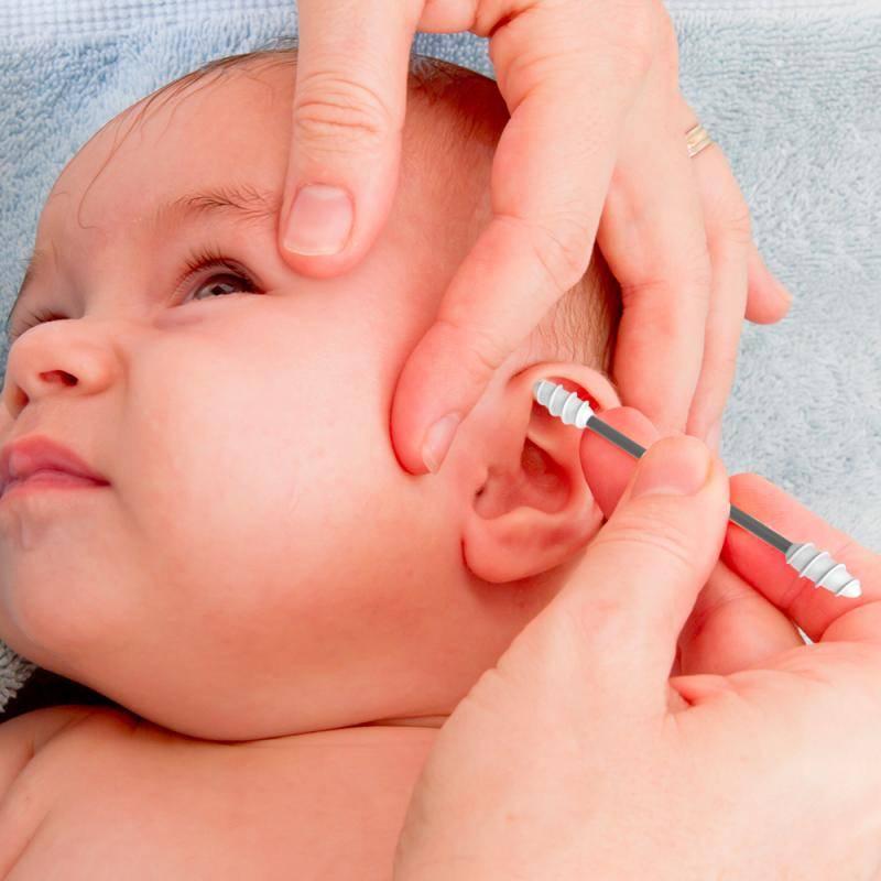 Как чистить новорожденному уши в домашних условиях