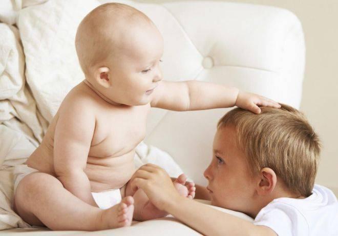 Как подготовить ребенка к рождению младшего братика или сестрички?