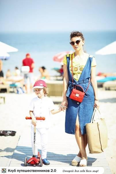 Что нужно знать маме перед поездкой на море с ребенком