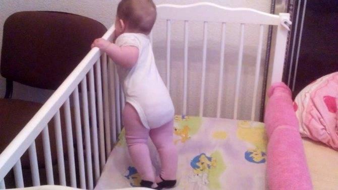 Что, если ребенок не встает. как научить малыша вставать на ножки. — твой доктор