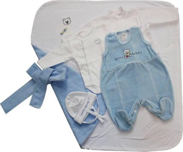 Как одеть ребенка на выписку из роддома правильно: полезные советы