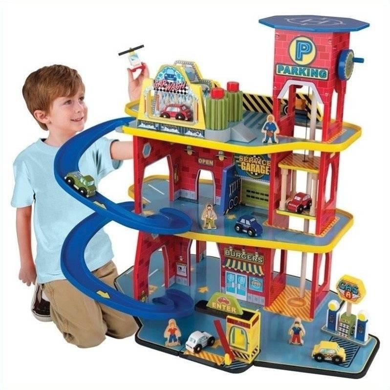 Что можно подарить мальчику в 3 года на день рождения: идеи и варианты подарков