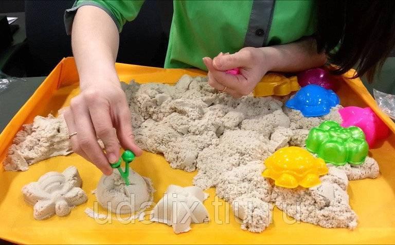 Кинетический песок: популярная новинка для детского творчества